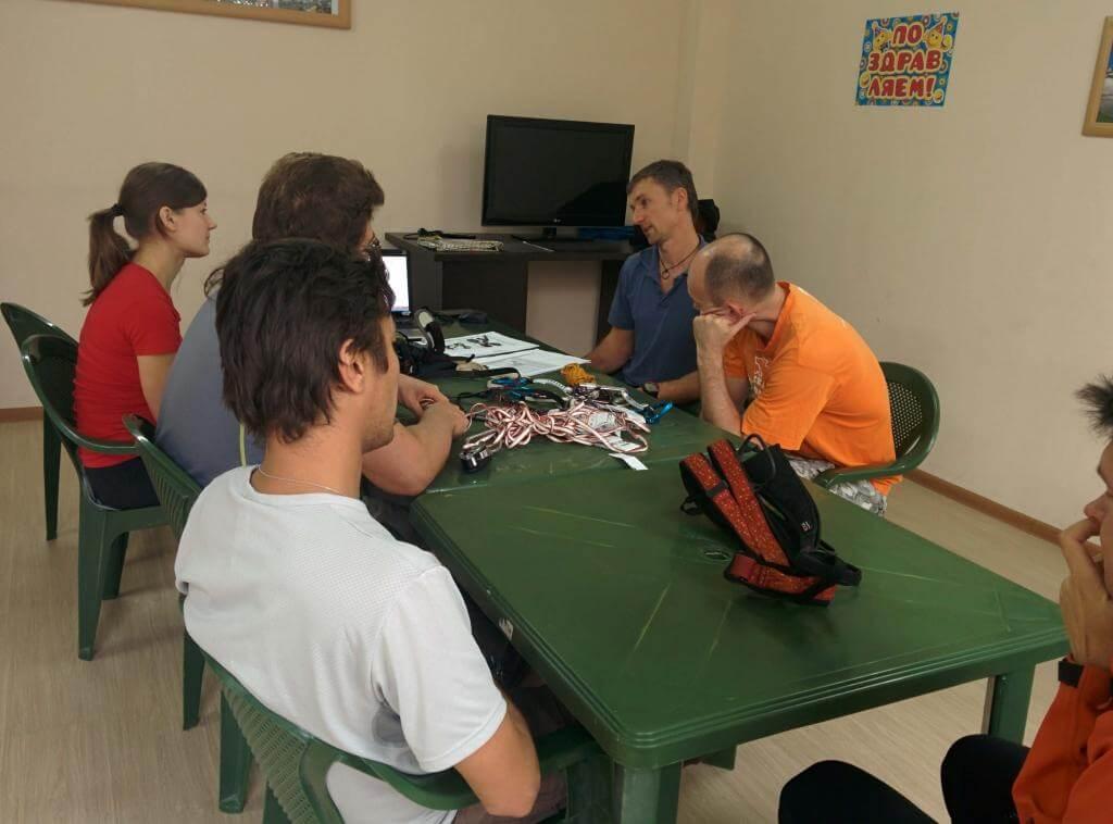 В Краснодаре завершен первый семинар по мультипитчевому скалолазанию.