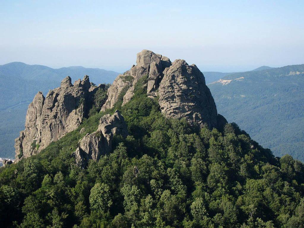 Новые скалолазные маршруты на массиве горы Индюк