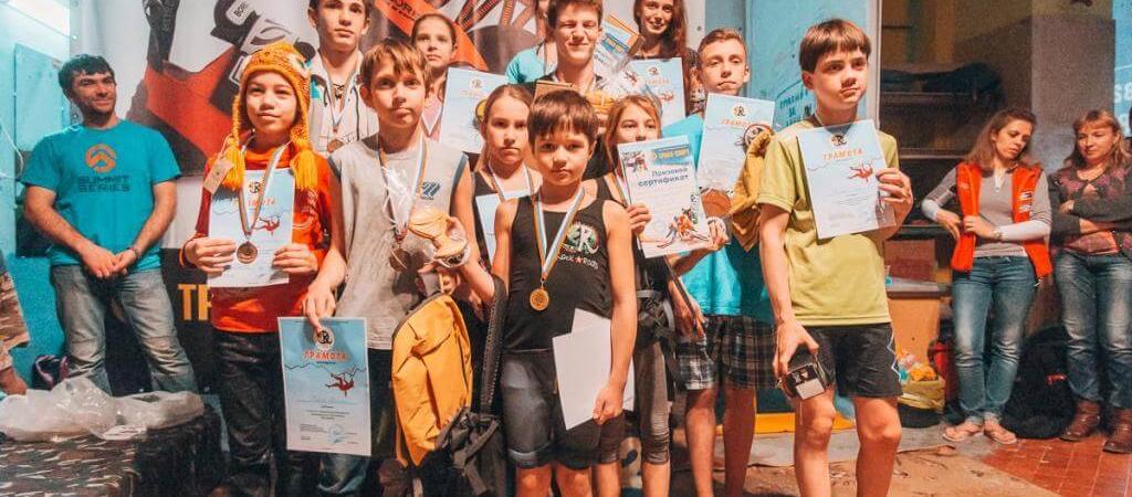 В минувшие выходные в Геленджике прошли Открытые городские соревнования по боулдерингу